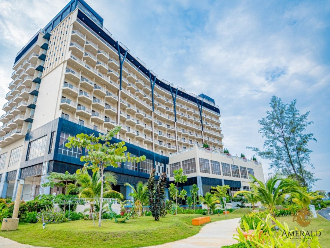 desaru amerald resort hotel